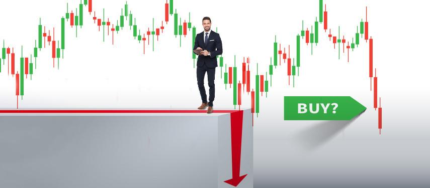 5 FTSE Stocks To Buy For A Stock Market Crash