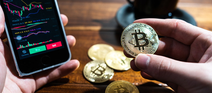 Is It Better To Invest Or Trade Bitcoin?